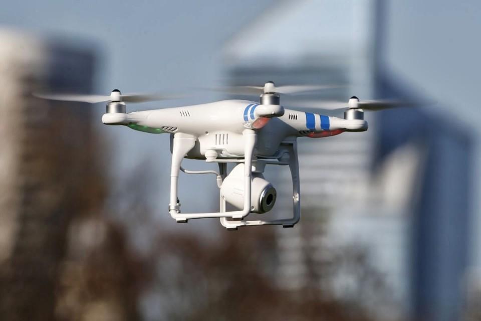Drone Hacker, o drone que hackeia wifi e dispositivos móveis. Já penso se essa moda pega!?